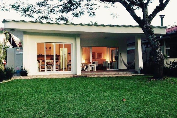 For Rent  Beach house  São Sebastião Guaecá Beach - São Sebastião - Dom
