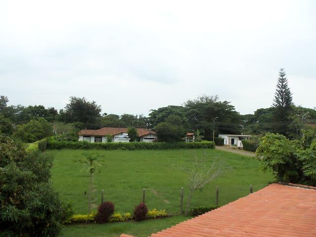 Country Cabin - Jamundí - Pension