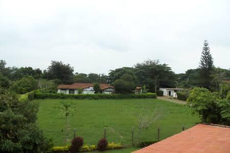 Country Cabin - Jamundí