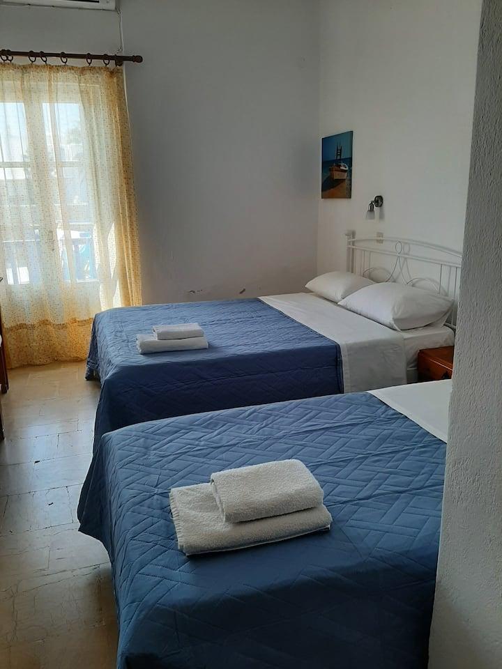 Hotel Kastelakia Room 3