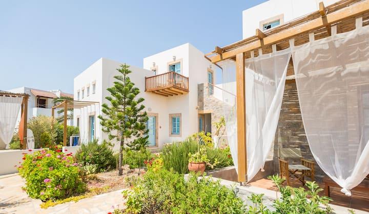 Room 'Koumana' in Villa Patmos Netia