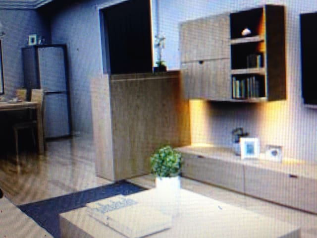 teselou - allinge - Wohnung