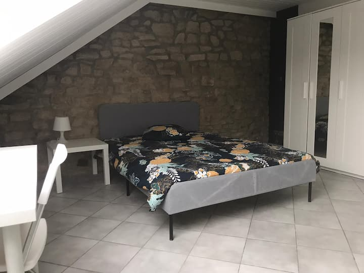 Nice furnished room close to Amazon Kirchberg