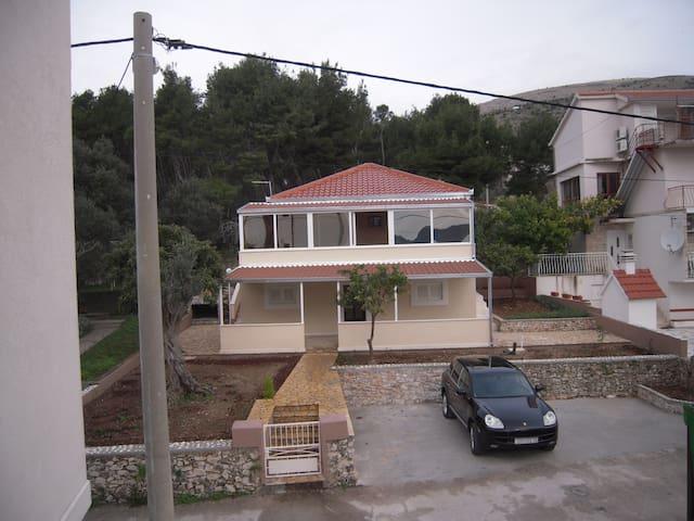 Villa Beki, Seget Donji-Trogir, 3 Persons - Trogir - Villa