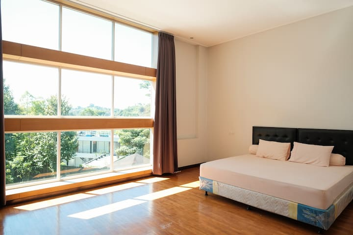 Bright and Spacious Master Bedroom