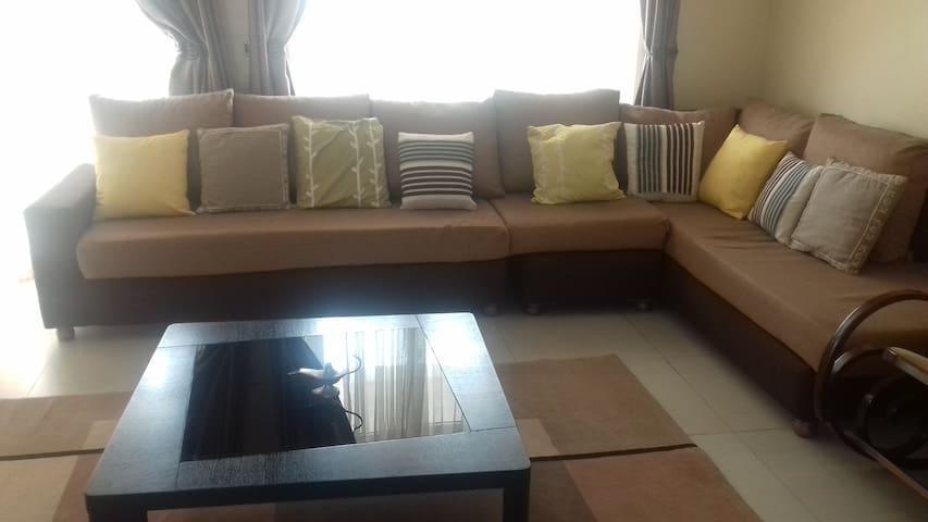 Private  Room in Neat Apartment - Kampala - Apartemen