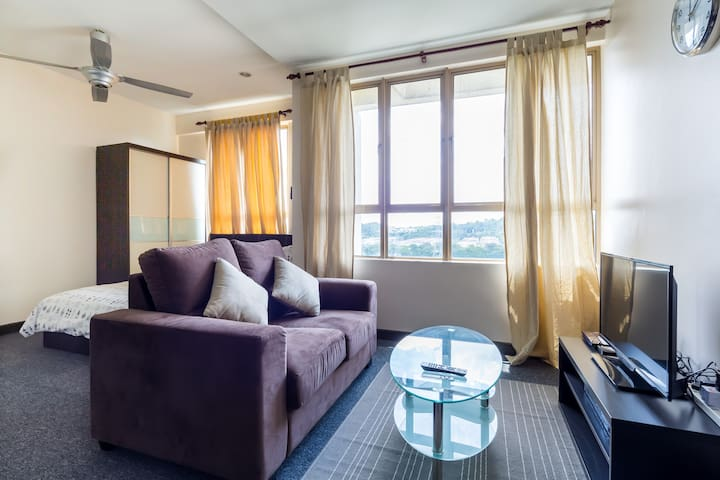*PREMIUM HOME* 1BR Damansara Studio - Petaling Jaya - Apartment