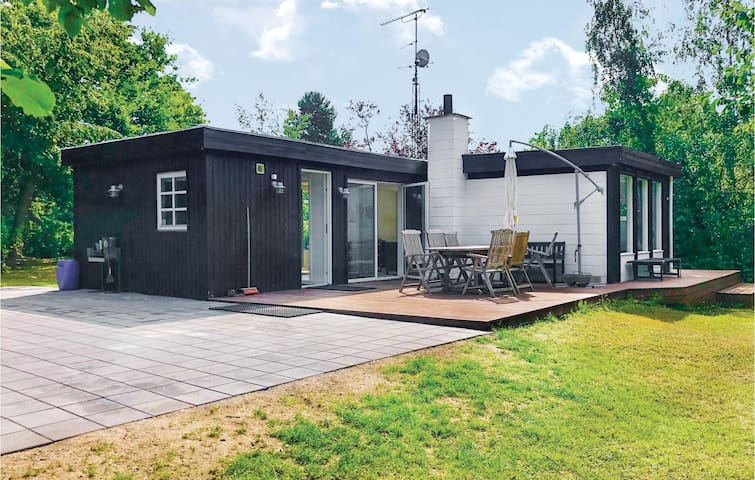 Holiday cottage with 3 bedrooms on 55m² in Ølsted