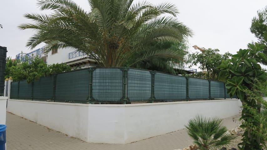 Casa a 300 metros de la playa de 7 km de longitud