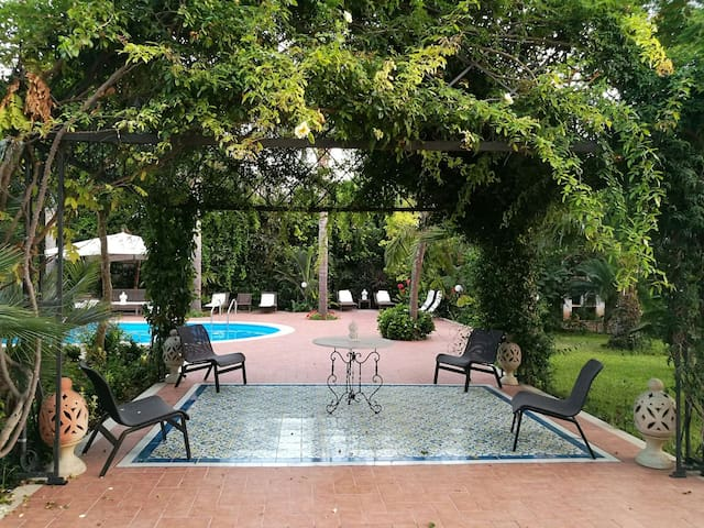 Villa Marrone Garden Suite, pool up to 3 pax - Marsala - Apartment