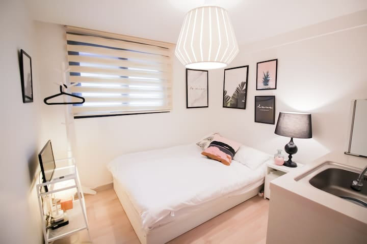 B21 Myeongdong Best Location 'DADA house' MRT 2min