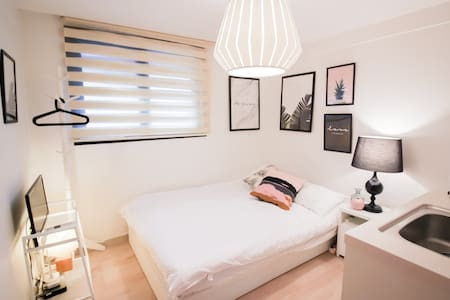 Part.D Myeongdong Best Location house MRT '2min'