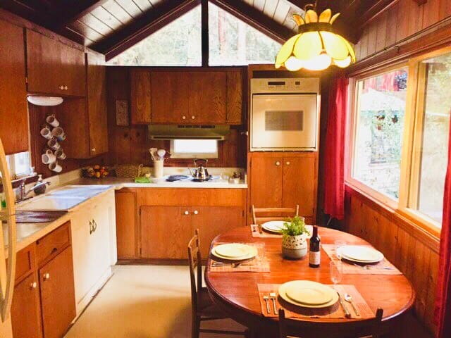 Beloved Family Cabin in Mount Hermon