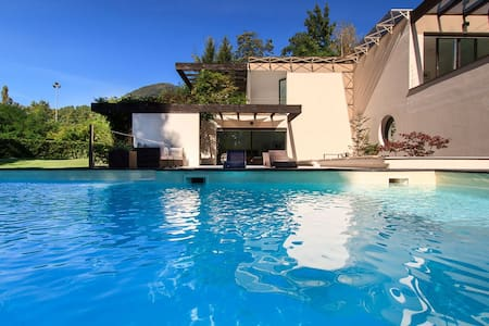 Modern villa with pool in a tranquil setting - Cissano
