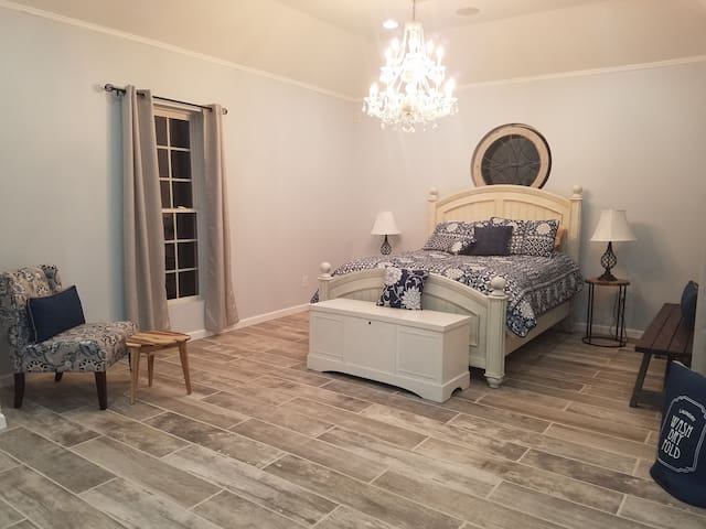 Queen-size bed with sofa bed and two air mattresses