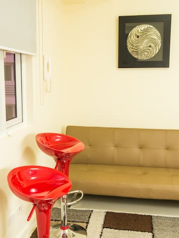 Cozy Corner 1-Bedroom 5 minutes from Solaire