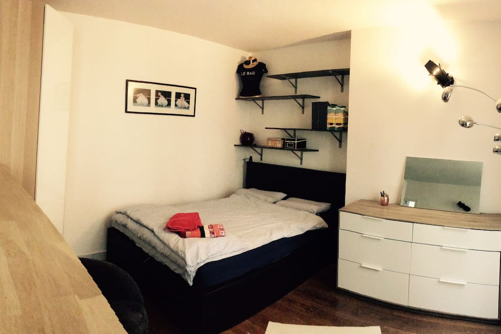 Cosy and confortable flat in Montmartre, Batignolles