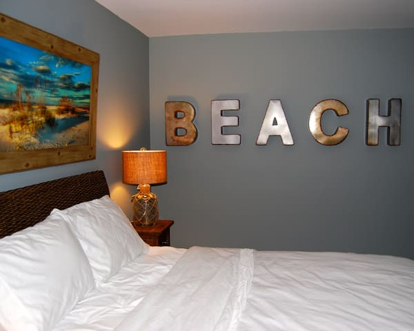 The Ultimate Delray Getaway 1m to downtown & beach