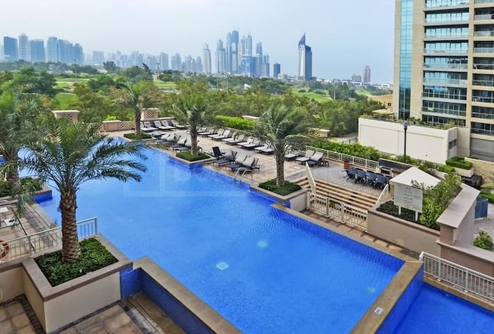 Spacious 1 Bed Apartment with Amazing Facilities - Dubai - Wohnung