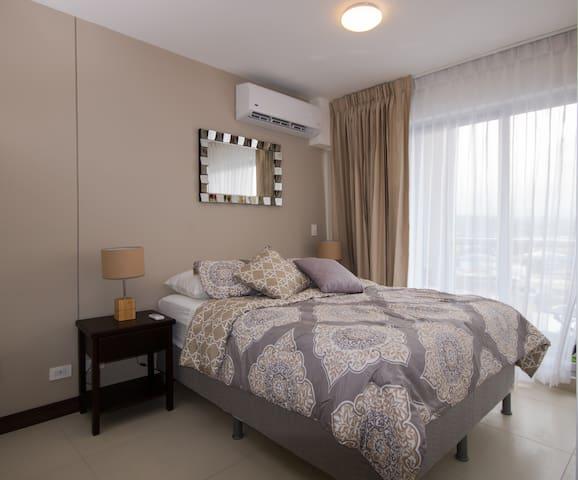 A Cozy Luxurious Studio in Rohrmoser