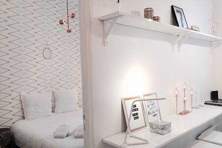 QUIET PLACE IN HIGH MARAIS - Paris - Apartment