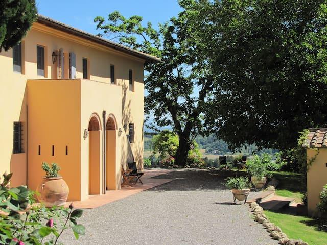 La Casetta, casale in Toscana con piscina