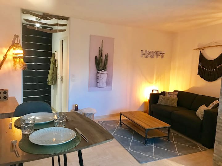Studio moderne, super déco, wifi, piscine,fitness