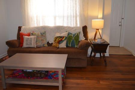 Midtown Bohemian Retreat - Atlanta - Apartment