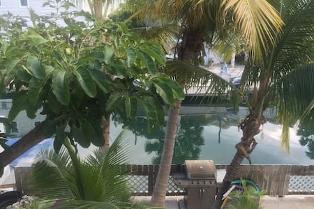 Paradise on a Conch Republic Canal - Key West