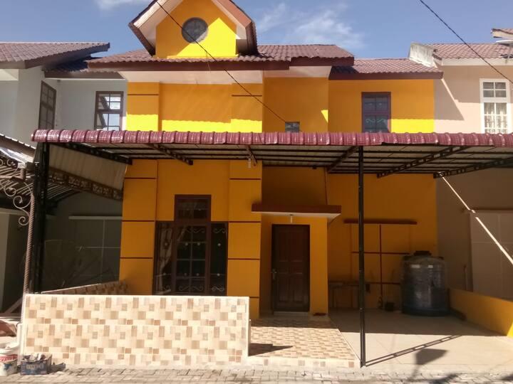 Disewakan Villa Bukit Asri Berastagi