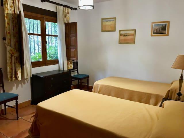 Casa invitados dormitorio doble / Guest house double bedroom