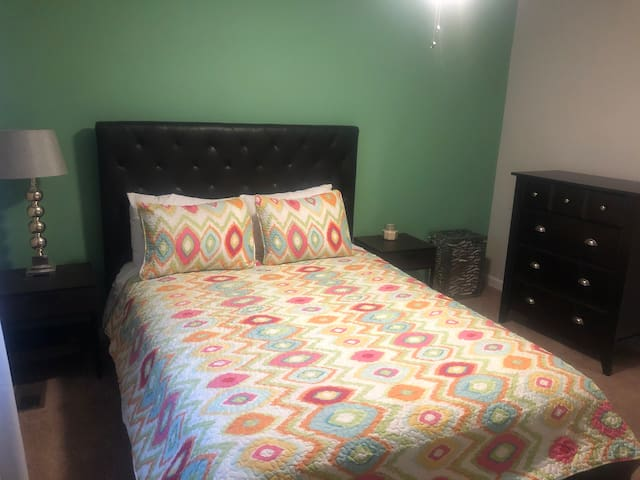 Furnished Relaxing Bedroom Near APG