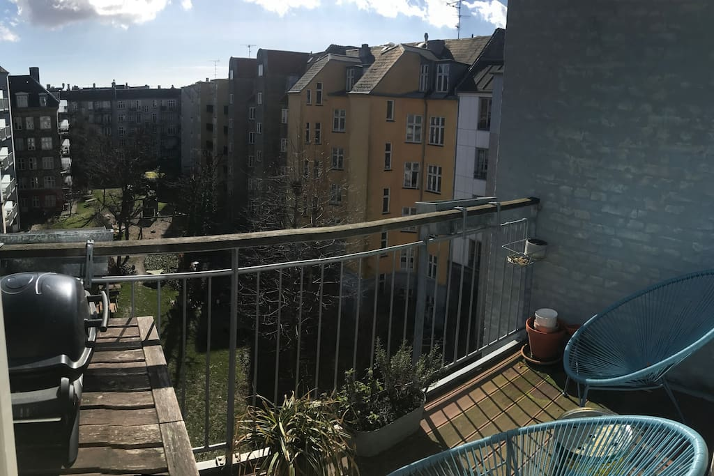 The balcony with sun all day and a bbq