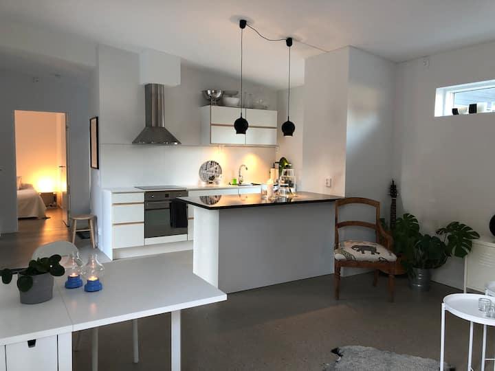 Välkommen till Åhus och vårt nybyggda gästhus