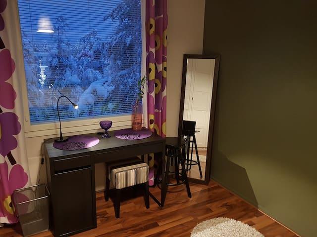 Edullinen makuuhuone yhdelle tai kahdelle Lapissa
