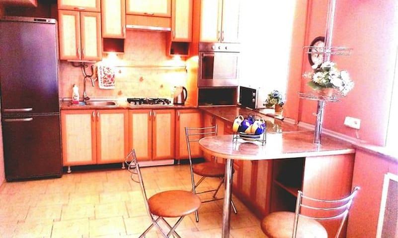Подобово 1-на квартира студія з wi-fi - Luts'k - Appartement