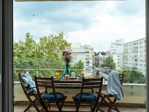 Bright and Spacious Central Apartment- Piata Amzei
