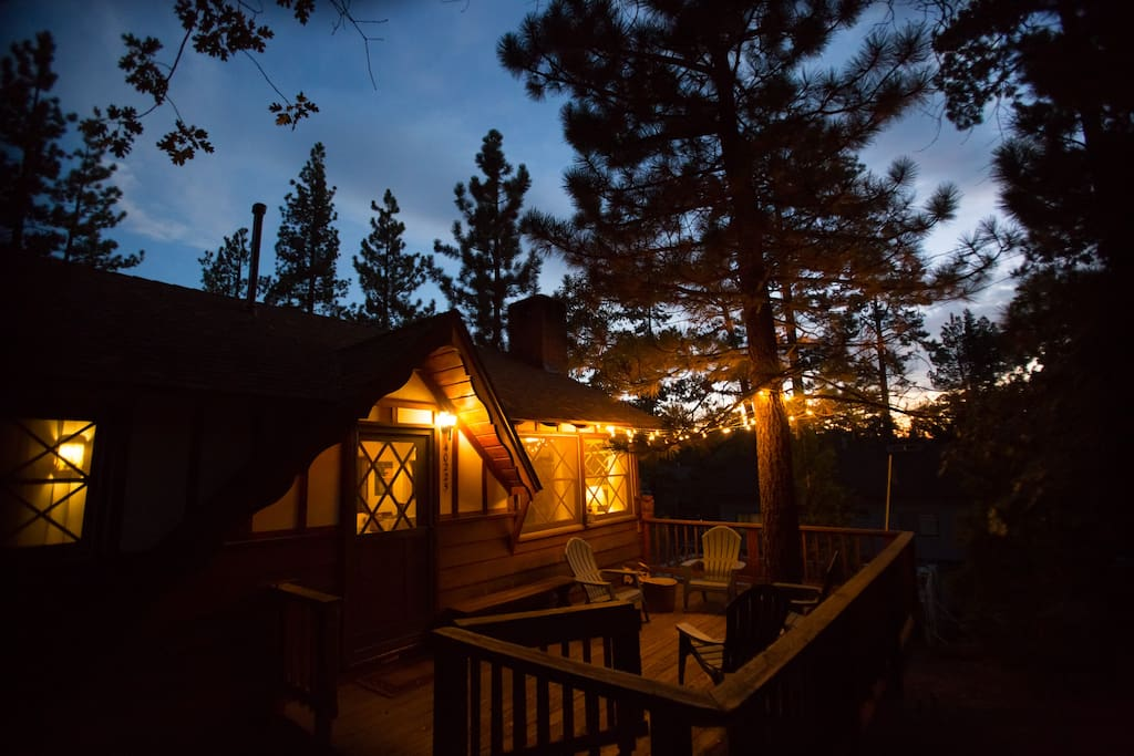 Find rest under the Big Bear sky in this cozy cabin, just a five minute walk from the Lake.