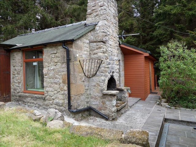 High Hawkhope Bothy