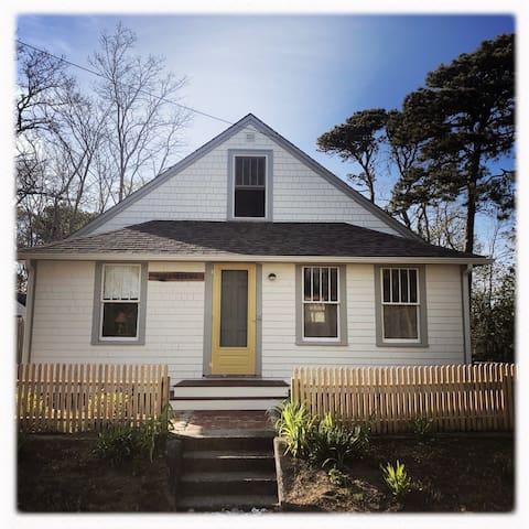 Antique  Wellfleet Cottage