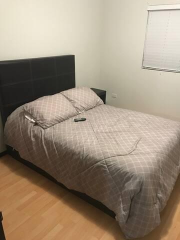 Habitación en Residencial Privado. Muy cómoda. - Mexicali - House