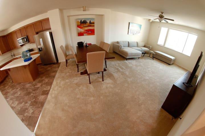 Milpitas/San Jose New Home w Kitchen/Bath/Hot Tub
