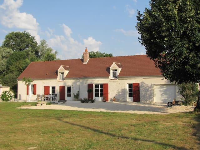 Les Abeilles - Ids-Saint-Roch - บ้าน