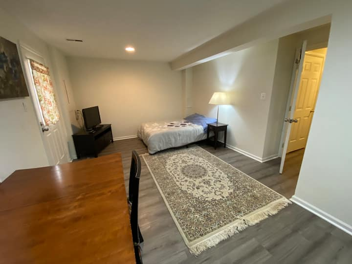 Private Walk-Out Basement Studio w/ all Amenities