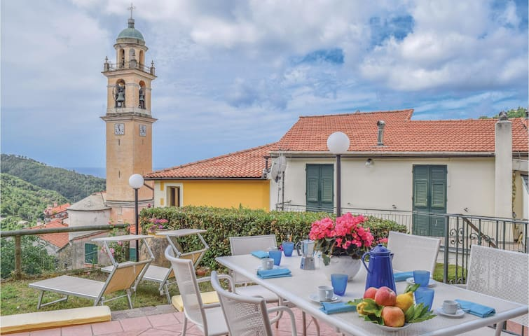Holiday apartment with 3 bedrooms on 95m² in San Saturnino -GE-