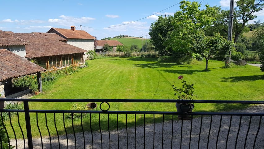 Joli duplex proche Figeac limite Aveyron et Cantal - Saint-Cirgues - Leilighet