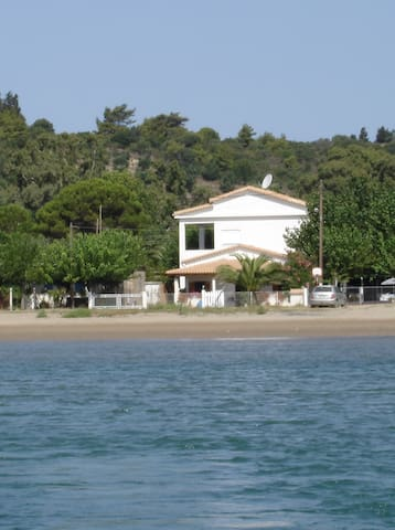 A 30 km d'Olympie, direct sur plage - Katakolo - Apartment