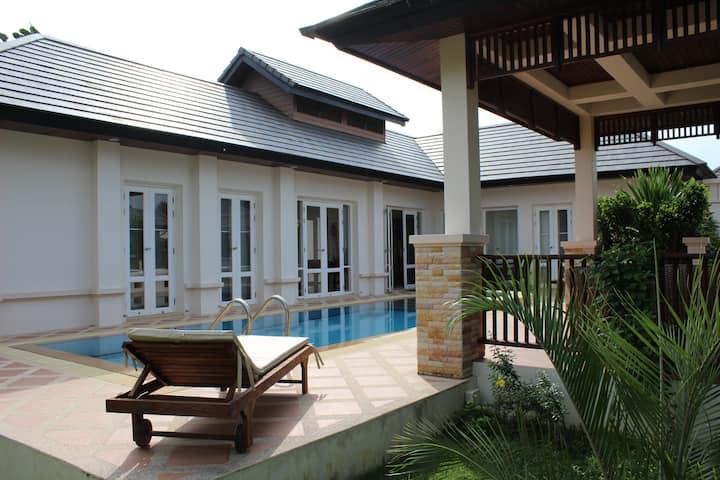 Pool villa i Hua Hin
