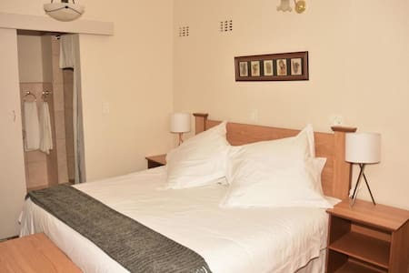 Siesta B&B Vryheid - Room Two