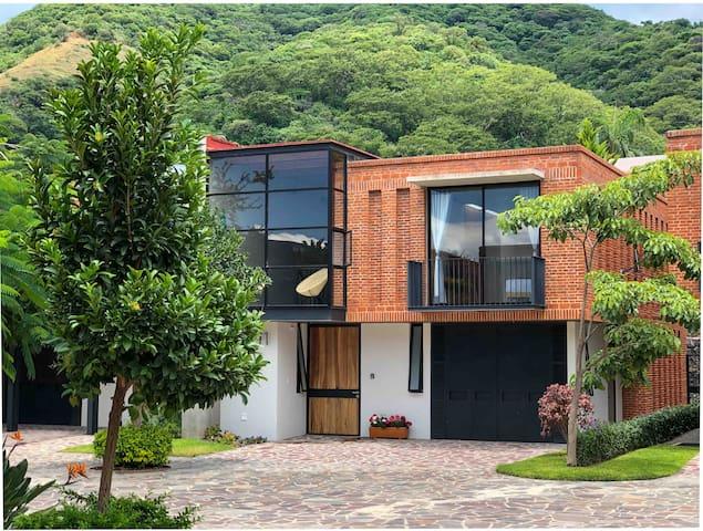 Sierra Viva Ajijic beautiful house